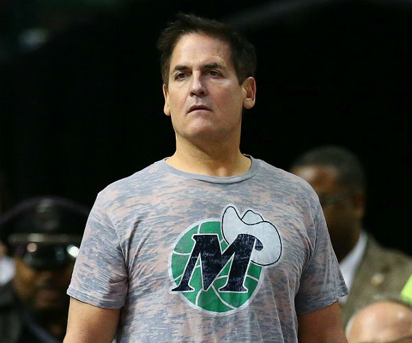 Mark Cuban in Mavs jersey