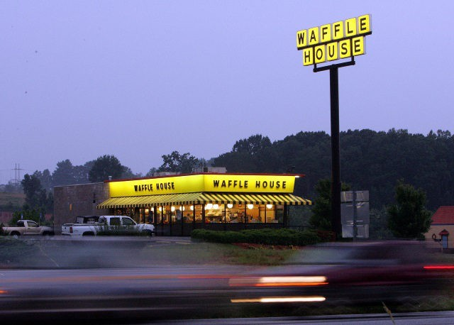 waffle-house-ap-640x458