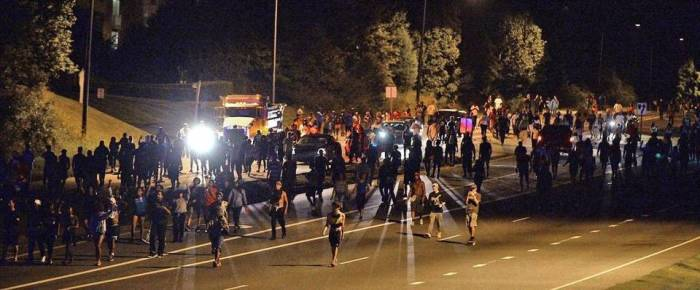 protests-on-a-charlotte-highway