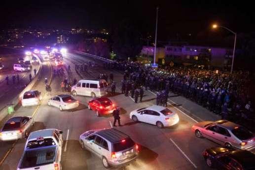 oakland-protestors