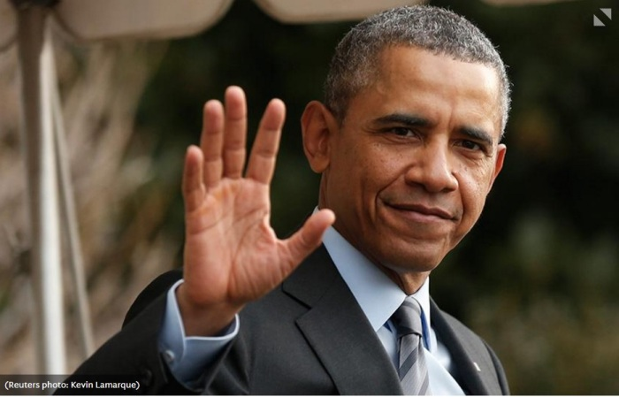 barack-waving-goodbye